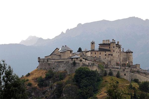 Image d'un château (Fort Queyras)