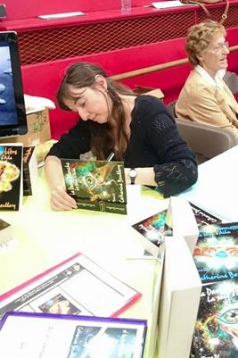 Dédicace de Catherine Boullery au Salon du livre de Sartrouville 2015