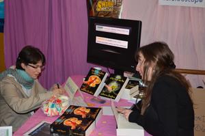 Première dédicace de Catherine Boullery au Salon du livre de Sartrouville 2013